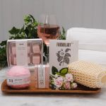 Bath and Bubbly Spa Gift Set
